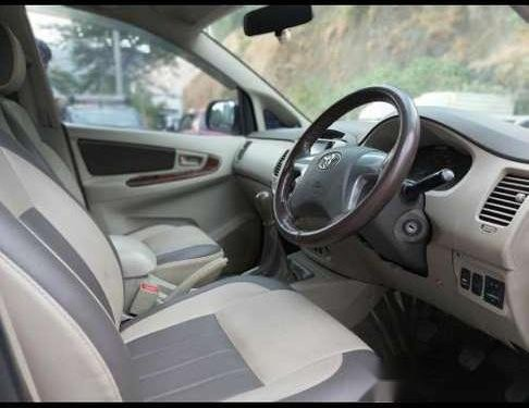 Used Toyota Innova 2.5 E 2013 MT for sale in Mumbai