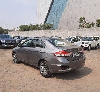Used 2017 Maruti Suzuki Ciaz MT for sale in Ahmedabad -5