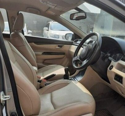 Used 2017 Maruti Suzuki Ciaz MT for sale in Ahmedabad -9
