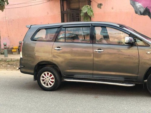 Used 2011 Toyota Innova MT for sale in New Delhi