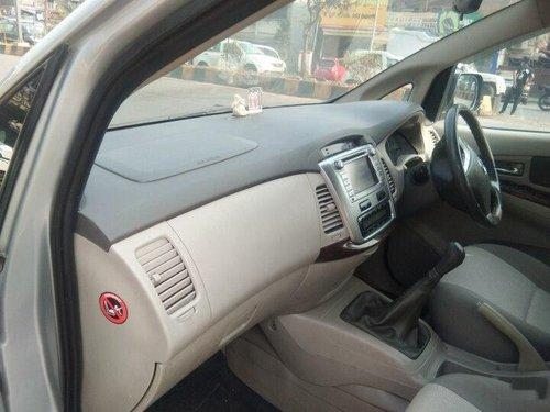 2014 Toyota Innova 2.5 VX 8 STR BSIV MT in Mumbai