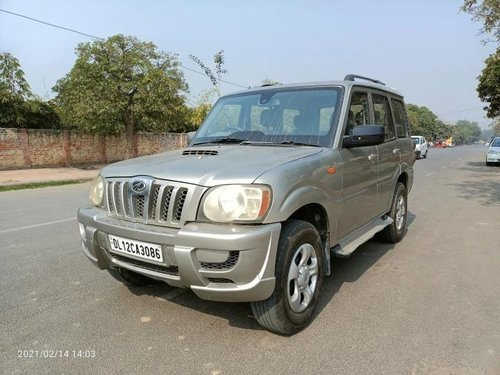 Used 2011 Mahindra Scorpio MT for sale in New Delhi -5