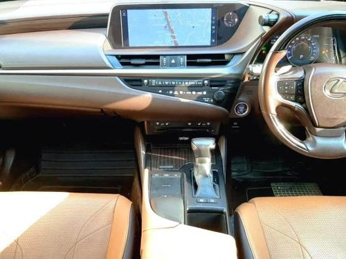 Used Lexus ES 300h 2019 AT for sale in New Delhi
