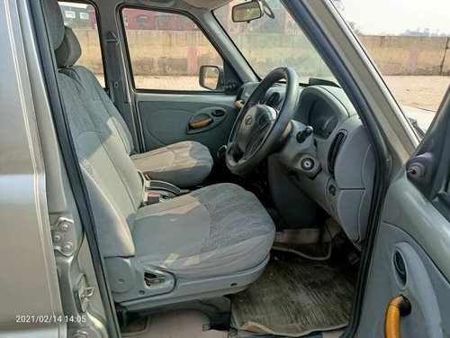 Used 2011 Mahindra Scorpio MT for sale in New Delhi -4