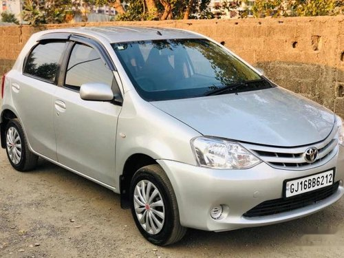 Used Toyota Etios Liva G 2011 MT for sale in Surat -6
