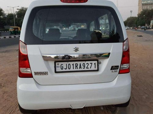 Used 2013 Maruti Suzuki Wagon R MT for sale in Ahmedabad