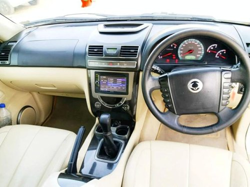 Mahindra Ssangyong Rexton 2014 MT for sale in Ahmedabad