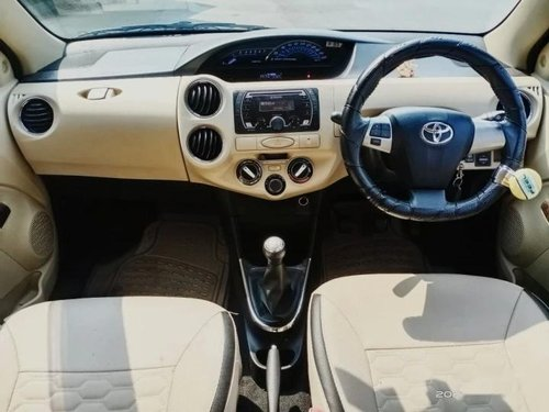 Used 2018 Toyota Etios MT for sale in Thane -4