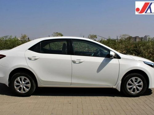 Used Toyota Corolla Altis 2016 MT for sale in Ahmedabad