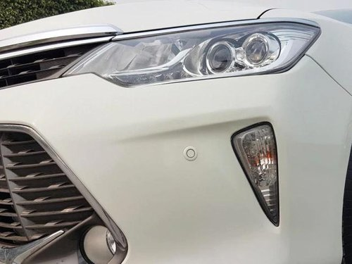 Used Toyota Camry 2016 AT for sale in New Delhi