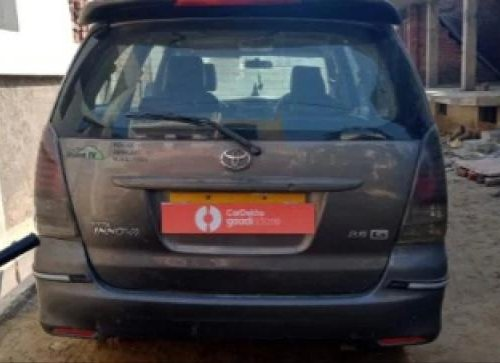 2010 Toyota Innova 2004-2011 MT for sale in Agra