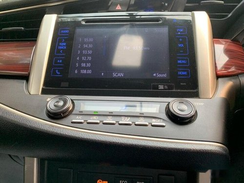 Used Toyota Innova Crysta 2017 MT for sale in New Delhi