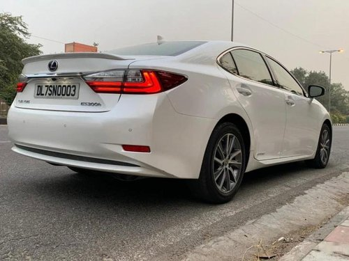 Used Lexus ES 2017 AT for sale in New Delhi
