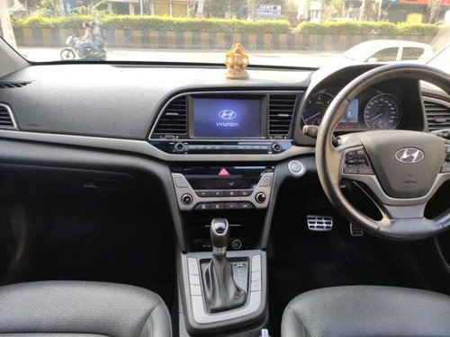 Used Hyundai Elantra CRDi SX 2016 MT for sale in Pune
