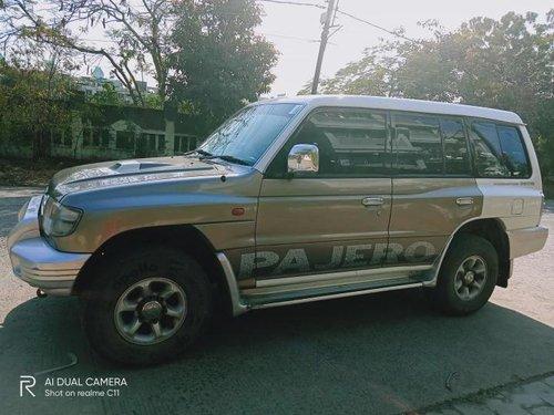 Used 2010 Mitsubishi Pajero 2.8 SFX MT for sale in Indore