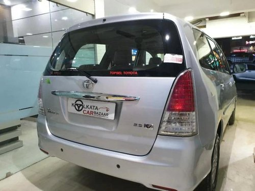 Used Toyota Innova 2010 MT for sale in Kolkata