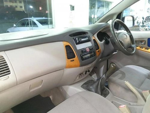 Used Toyota Innova 2010 MT for sale in Kolkata -0