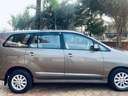 Toyota Innova 2014 MT for sale in Kolhapur