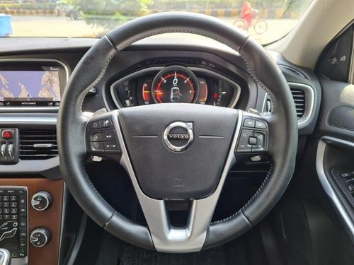 2018 Volvo V40 Cross Country D3 Inscription AT in Mumbai