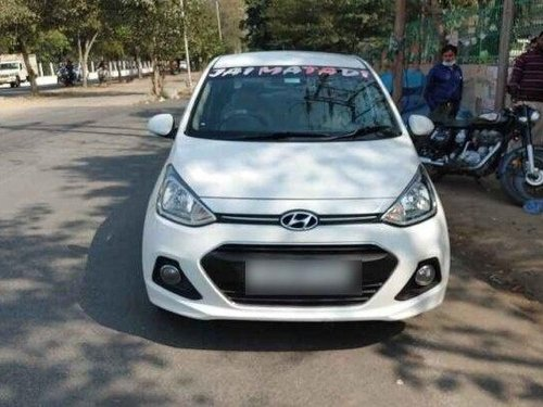 2015 Hyundai Xcent 1.1 CRDi S MT in New Delhi-4