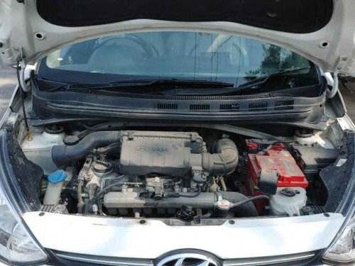 2015 Hyundai Xcent 1.1 CRDi S MT in New Delhi-5