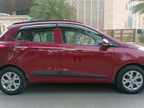Hyundai i10 Sportz 2014 MT for sale in New Delhi