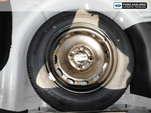 Ford Figo Petrol Titanium 2015 MT in Chennai
