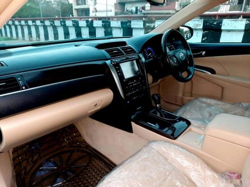 2017 Toyota Camry 2.5 Hybrid AT for sale in New Delhi