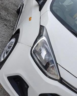 2016 Hyundai Xcent 1.1 CRDi SX Option MT in Hyderabad