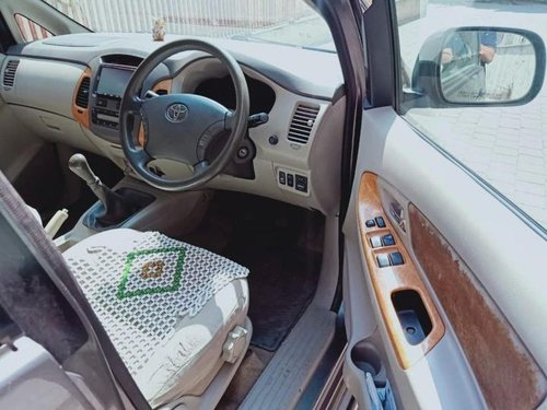 Used 2009 Innova 2004-2011  for sale in Thane