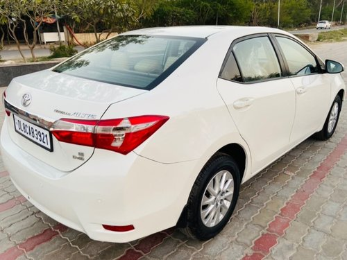 2015 Toyota Corolla Altis in North Delhi-3
