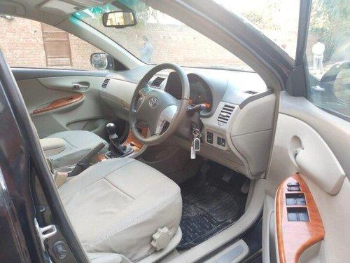 Used 2010 Corolla Altis G  for sale in New Delhi