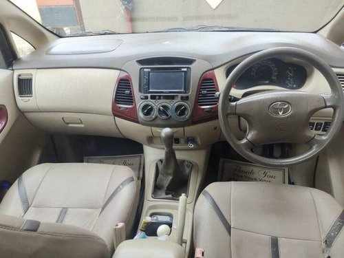 Used 2006 Innova 2004-2011  for sale in Mumbai-0