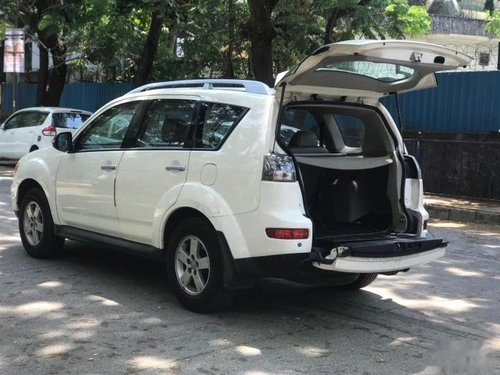 Used 2010 Outlander 2.4  for sale in Mumbai