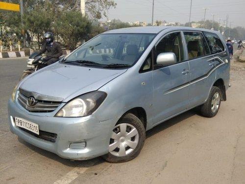 Used 2009 Toyota Innova low price