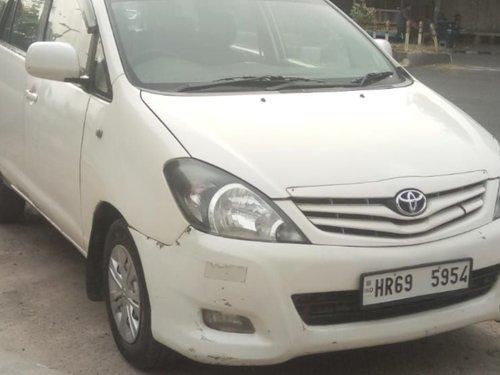 Used 2006 Toyota Innova low price