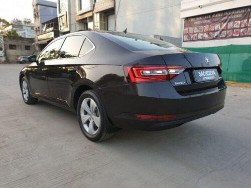 Used 2017 Superb Sportline 1.8 TSI AT  for sale in Indore