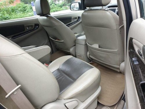 Used 2014 Innova 2.5 Z Diesel 7 Seater  for sale in Indore